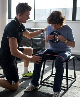 Krafttraining für Senioren Personal Trainer Clemens Delpin