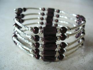 bijou magnétique avec aimants bruns