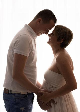 zwangere dame met partner