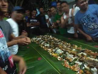 警察の皆さんのパーティーにお呼ばれ!!!! これがフィリピン・スタイル