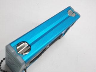磁石とV溝付きでパイプ等が測定しやすい!