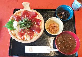おかげ横丁で食べたすし久の手こね寿司