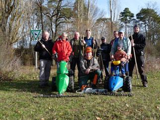 Die NABU Gruppe Lauda bei der Biotoppflege (Foto: NABU lauda).