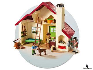 Die Besonderheit im Playmobil Paket 6811 ist eine Schaukel an einem Baum damit das Kind schaukeln kann.
