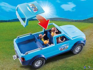 Besonderheiten im Playmobil Paket 9502 ist ein Pick-Up mit abnehmbarem Dach enthalten.