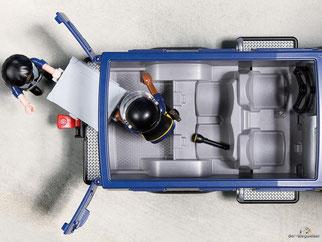 Die Besonderheit im Playmobil Paket 5187 ist die funktionierende Seilwinde und das Dach vom Truck ist abnehmbar..
