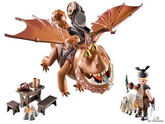 Im Paket Playmobil 9460 sind 10 Einzelteile, 1 Fischbein, 1 Fleischklops, 1 Reitsattel, 1 Wikingerhelm, 1 Tisch,  2 Bänke, 1 Lagerfeuer, 1 Schaf, 1 Fass enthalten.
