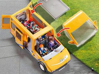 Besonderheiten im Playmobil Paket 9419 ist das abnehmbare Dach und für den Rollstuhl gibt's eine faltbare Rampe enthalten.