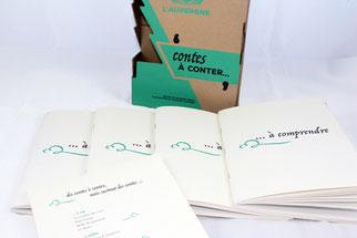 """coffret """"Contes à conter..."""" en carton sérigraphié contenant 4 livrets de contes illustrés"""