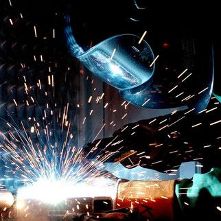 réalisation de soudure chez ACMB construction métallique Brioux 79