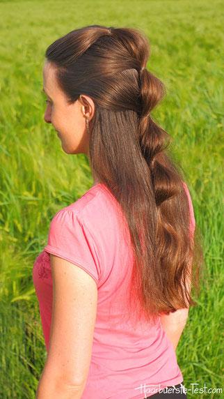 Wellenzopf halboffen, Wellenfrisur, einfache Frisur für lange Haare