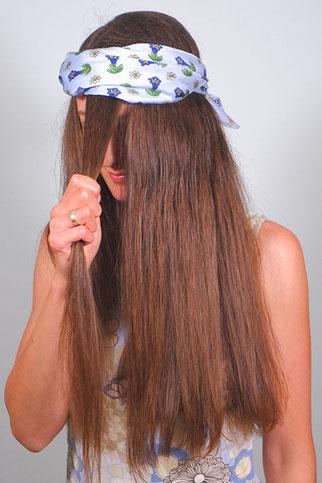 Locken durch Haarband machen