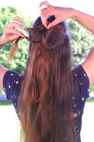 Haarschleife binden