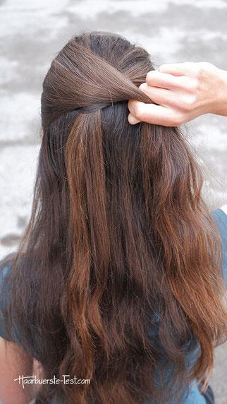 pferdeschwanz mit haarsträhne umwickeln