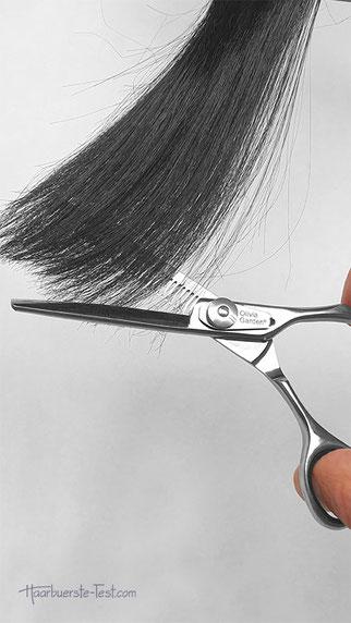 Profi-Effilierschere beim Haare ausdünnen