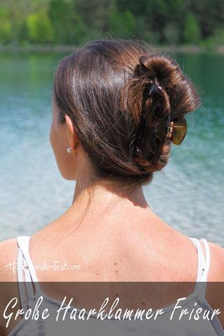 Frisur mit großer Haarklammer