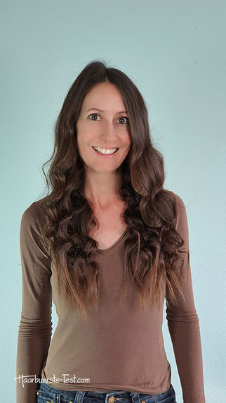 Lange, gewellte Haare