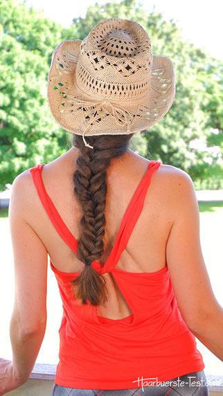 Strandfrisur mit Hut, Strandfrisur