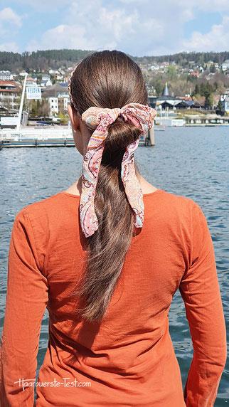 frisur mit haarband, haarband zopf, zopf mit haarband