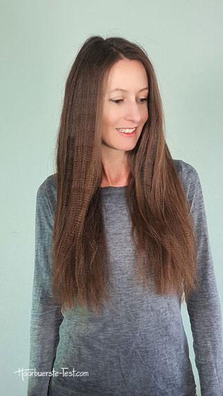 gekreppte lange haare