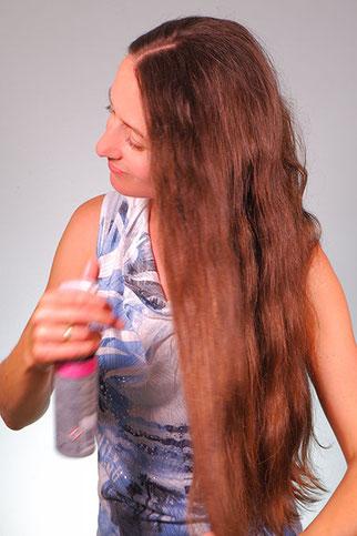 Hitzeschutzspray verwenden