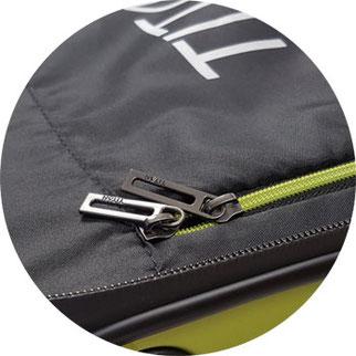 Titan Rollkoffer 2-Weg-Reißverschluss innen