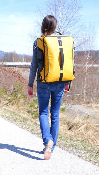 Samsonite Paradiver Light, Reisetasche mit Rucksackfunktion und Rollen