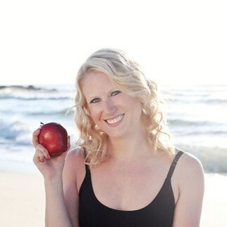 How to be a dietitician? How to make a career change to become a dietitian? I'm sharing my top career-change advice with you. Taking the RD exam and having a nutritionist career was one of the best things I ever did! #nutritionjob #rdchat #secondcareer