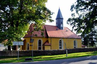 Bild: Kirche Arnsdorf Seeligstadt 2017