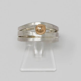 Silbering mit Goldkugel - individuelle Form