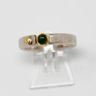 Schardelmann Schmuck - kreativer Ring aus Silber und Gold mit Edelstein