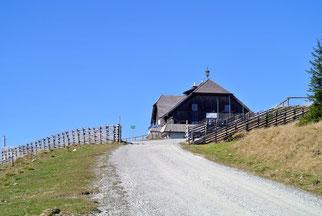 Rossegger-Schutzhaus auf 1.588 Meter