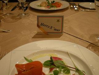 写真:クリスマス会会食
