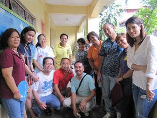 Pilar Village,Las Pinas Cityのスタッフの皆さんと