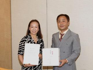 功労賞の伊藤会員。活動に最も参加し運営に貢献して頂きました。