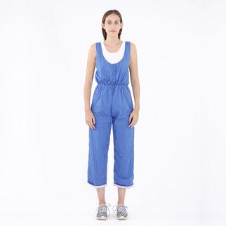 Wende-Overall von Bitten Stetter. Blau und grau zum wenden. Aufwendig gefertigter Jumpsuit.