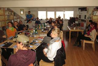 René Sievert begrüßte die Fledermausfreunde und informierte über die Naturschutzarbeit in Leipzig.