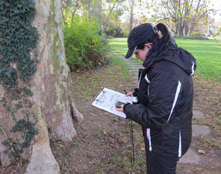 Erfassung des Baumstandortes mit GPS.
