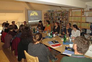 Gespannt und erwartungsvoll kamen die Teilnehmer zum BatCity-Seminar in Leipzig.