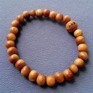 腕輪念珠(木材:欅)