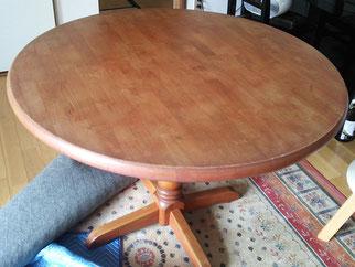 テーブル塗替え