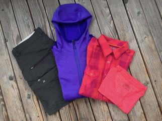 Wanderkleidung, Trekkingbekleidung, Short, Fleece, Bluse, Shirt