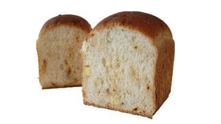 スパイスハーブとチーズパン
