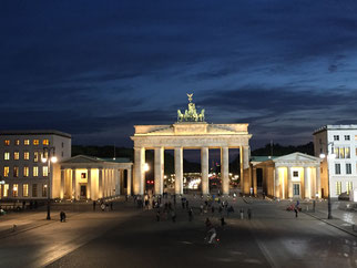 Brandenburger Tor, Berlin, blaue Stunde