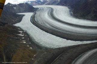 kilometerlange Gletscherautobahnen