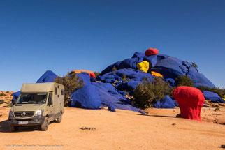 """Die """"Blauen Steine"""" bei Tafraoute"""