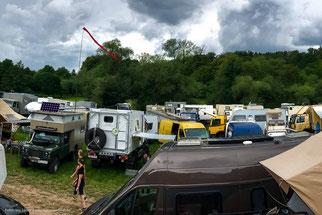 komplett überfüllte Camp-Area