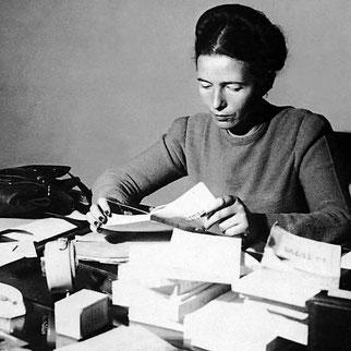 Simone de Beauvoir, violence contre les femmes