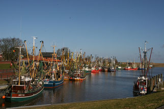 Hafen Greetsiel - Foto: sail over