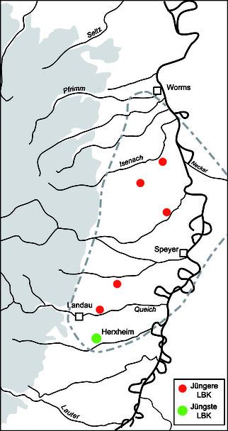 Verbreitung der jüngeren und jüngsten Phase der Linearbankeramik in der Vorderpfalz mit dem Fundort Herxheim (grün)